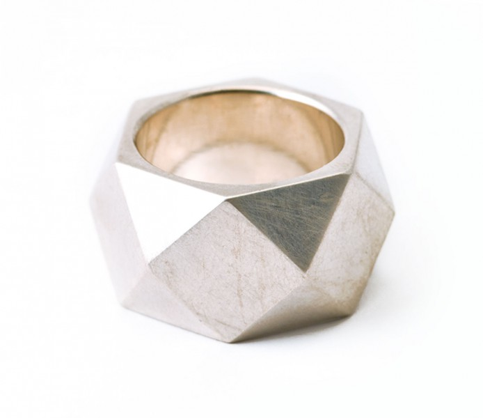 Ring silber tresor